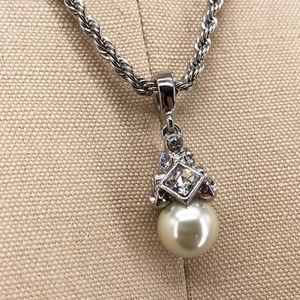 GIVENCHY Rhinestone Pearl Pendant Necklace Evening